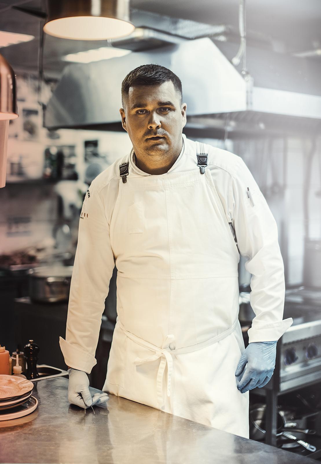 Шеф-повар ресторанного комплекса ARTILAND